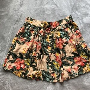 Dresses & Skirts - Blush background with tropical floral print!